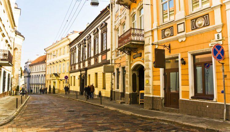 Sommer in Vilnius: 3 Tage im 3*Hotel inkl. Flug ab Berlin ab 177€