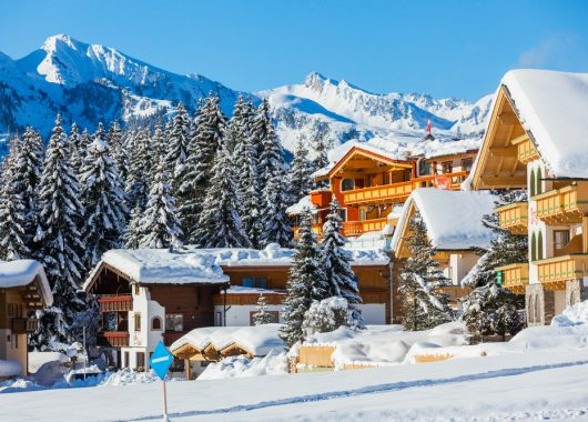 Black Friday-Special: Übernachtung im 4* Hotel in Tirol inkl. HP, Wellness & Skibus ab 49€ p.P.