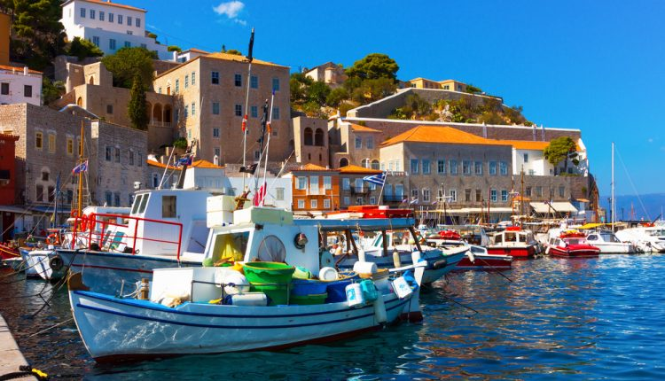 Griechenland im Mai: 7 Tage im 4-Sterne Hotel inkl. Flügen und Halbpension ab 276€