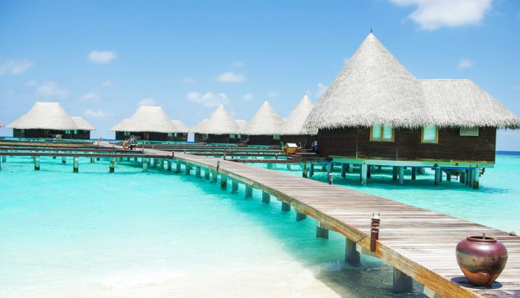 1 Woche Malediven im Februar: 3* Resort mit Frühstück & Flug ab 649€
