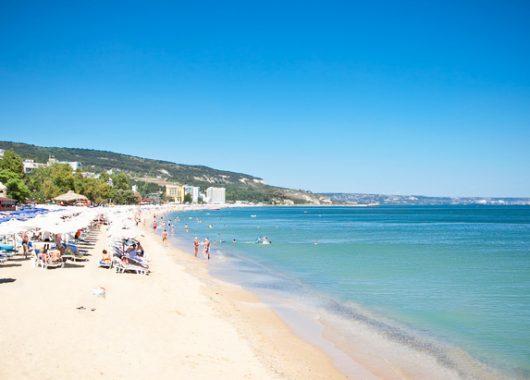 Eine Woche Goldstrand 4* Strandhotel mit All Inclusive, Flug und Transfer ab 292€