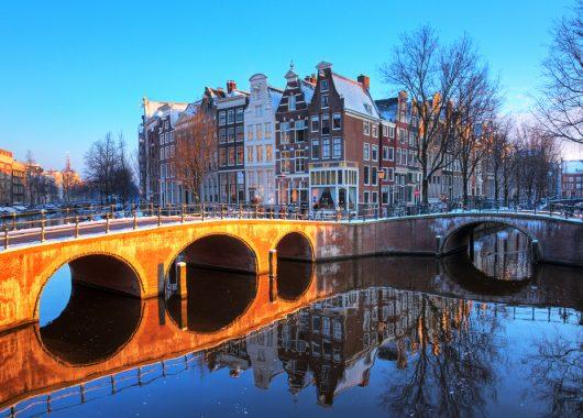 3 Tage Amsterdam im zentralen 3* Hotel inkl. Frühstück an 59€