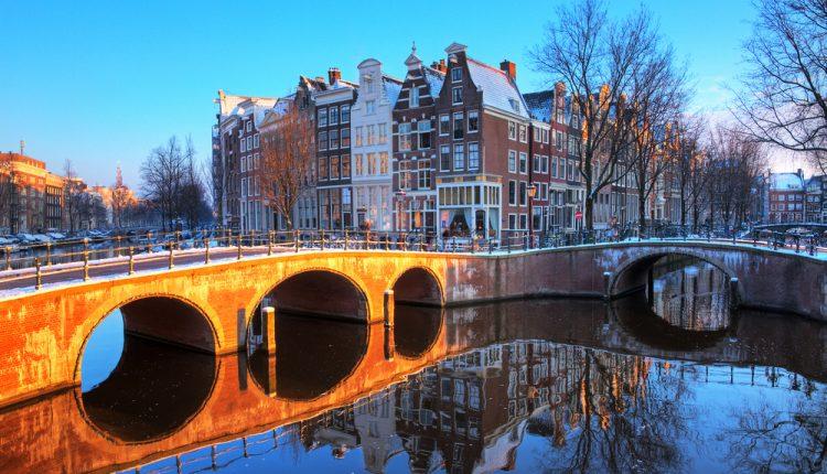 3 Tage Amsterdam im neuen 4* Hotel inkl. Frühstück & Spa ab 99€