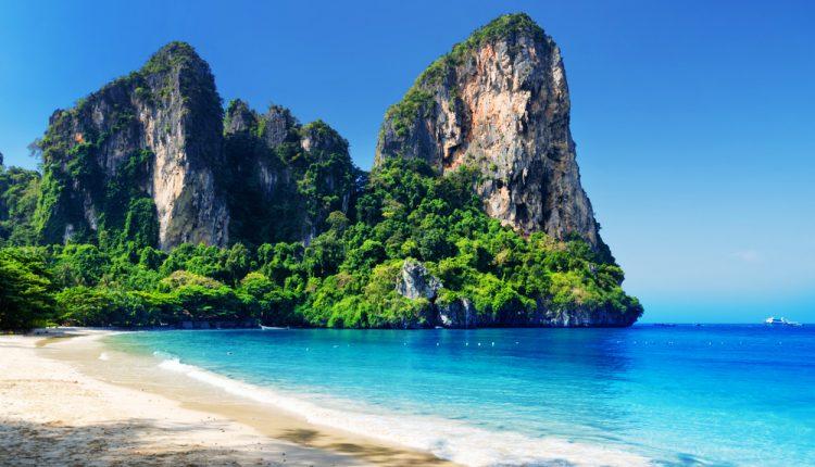 Lastminute: 13 Tage Phuket inkl. 3* Resort mit Frühstück, Flug und Transfer ab 769€