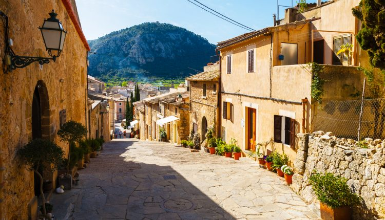 Frühbucher: 5 Tage Mallorca im 3* Bungalow inkl. Halbpension ab 128€ pro Person (inkl. Flug ab 186€)