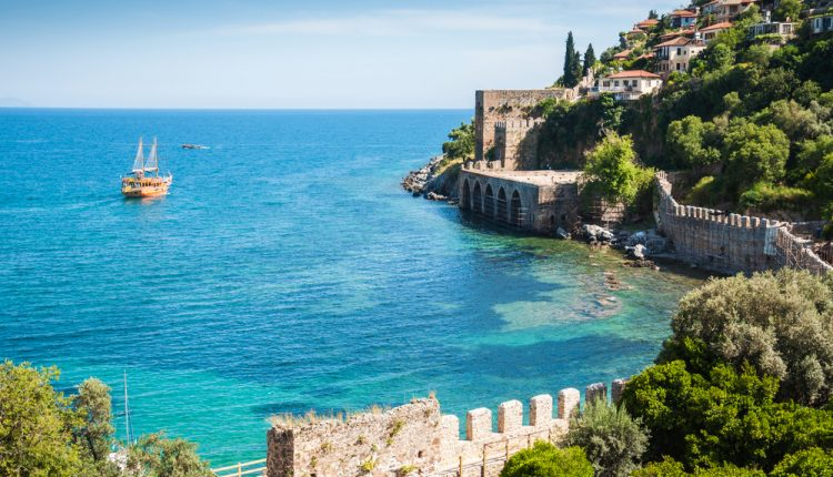 Türkei im April/Mai 2016: 1 Woche im sehr guten 4* Hotel inkl. Flug, Transfer und Halbpension ab 262€