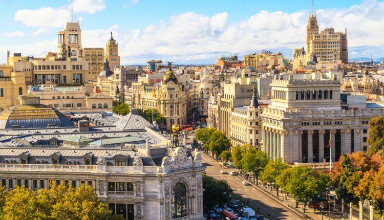 Madrid: 4 Tage im guten 3* Hotel inkl. Flug ab 155€ pro Person
