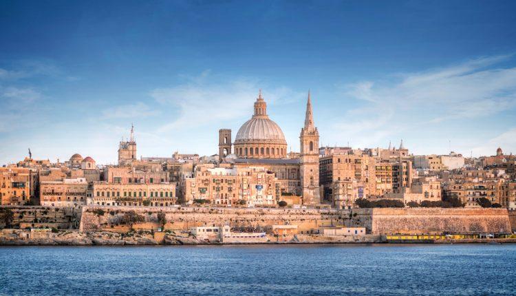 8 Tage Malta inkl. 3* Hotel mit Frühstück, Flug, Zugticket und Mietwagen ab 299€
