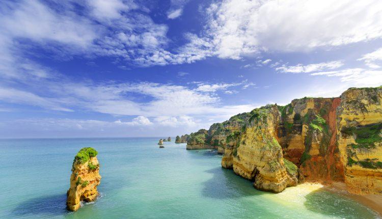 Algarve: 8 Tage im 3-Sterne Hotel inkl. Flügen und Frühstück ab 249€