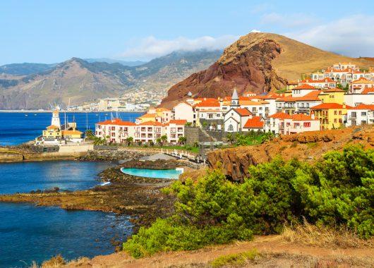 Madeira: Eine Woche im 3* Hotel inkl. Flug, Zugticket und Frühstück ab 285€