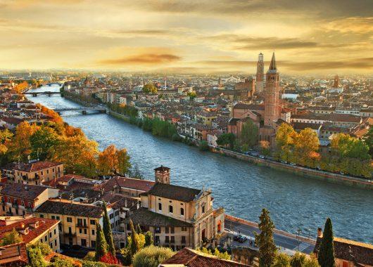4 Tage Verona: 4* Hotel, Flug und Frühstück schon ab 114€