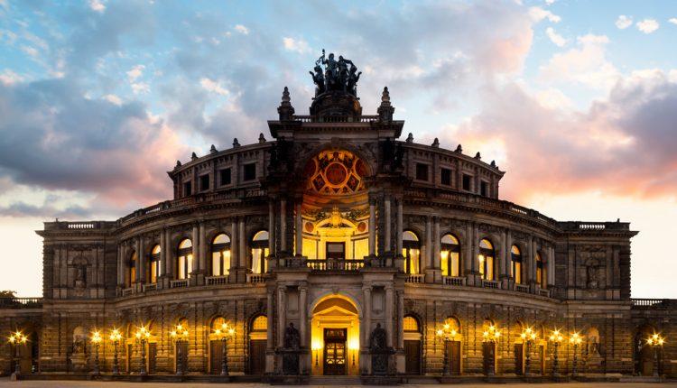 Silvester in Dresden: 3 Tage im 3* Hotel inkl. Frühstück für 90€ pro Person