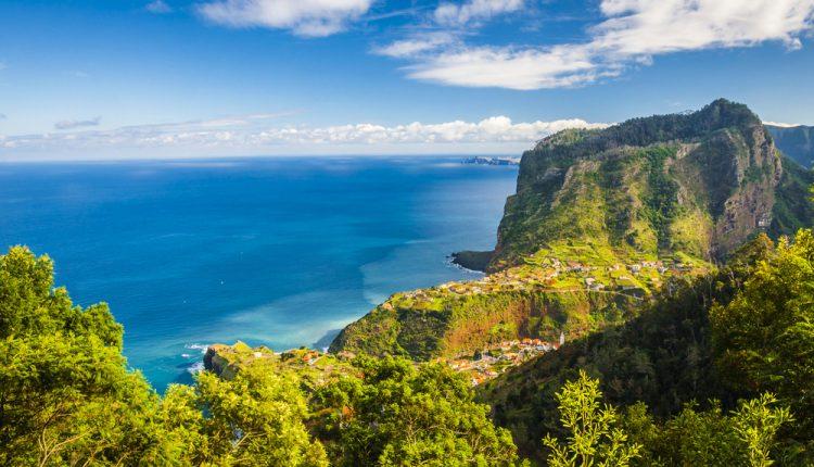 1 Woche Madeira im 4* Hotel inkl. Frühstück, Flug und Transfer ab 465€