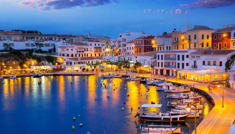 1 Woche Menorca im Mai: 4* Hotel inkl. Halbpension, Flug und Transfer ab 344€