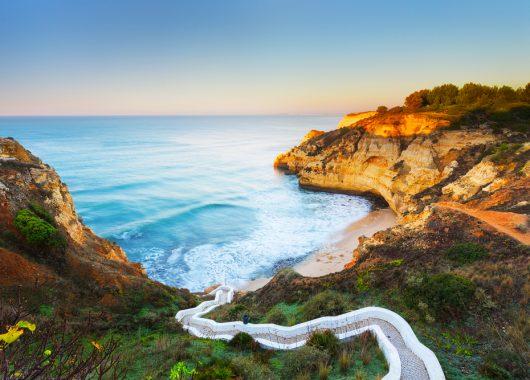 Algarve: Eine Woche im 4* Hotel inkl. Flug, Transfer, Rail & Fly und Frühstück ab 159€