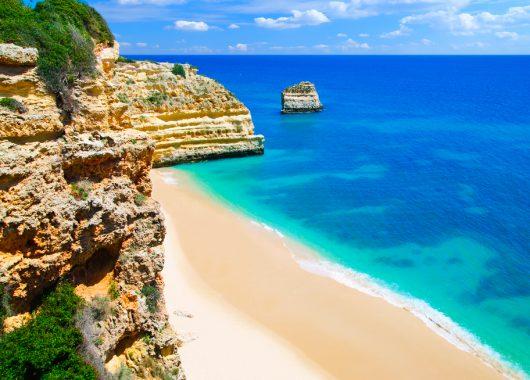 Algarve im Dezember: 1 Woche im guten 4* Hotel inkl. Flug und Transfer ab 171€