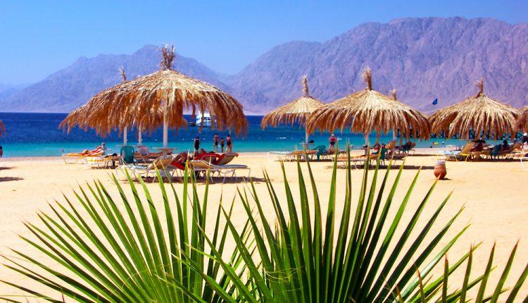 2 Wochen Ägypten im März: 4* Hotel mit Frühstück, Flug und Transfer für 342€ (ab Köln)