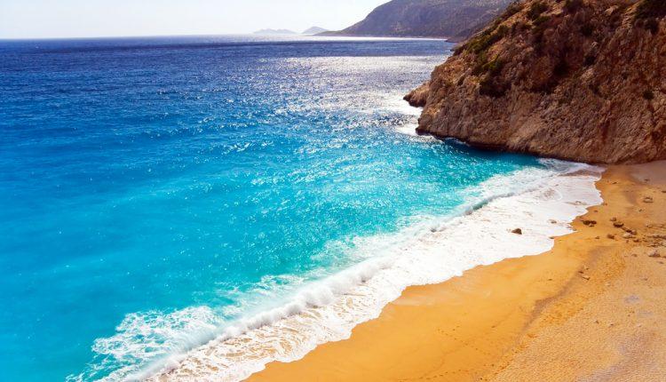 1 Woche an der Türkischen Riviera inkl. 3* Hotel mit Halbpension, Flug & Transfer ab 306€