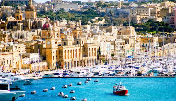 Single-Reise nach Malta: 1 Woche im 4* Hotel inklusive Flügen und Frühstück ab 360 Euro