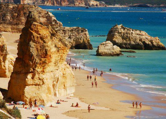 6 Tage Algarve im 4*Aparthotel mit Flügen, Rail&Fly und Transfers ab 351€