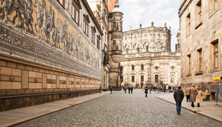 3 – 4 Tage Dresden im 4* Hotel (99% Weiterempfehlung) inkl. Frühstück, Wellness und Extras ab 89,50€