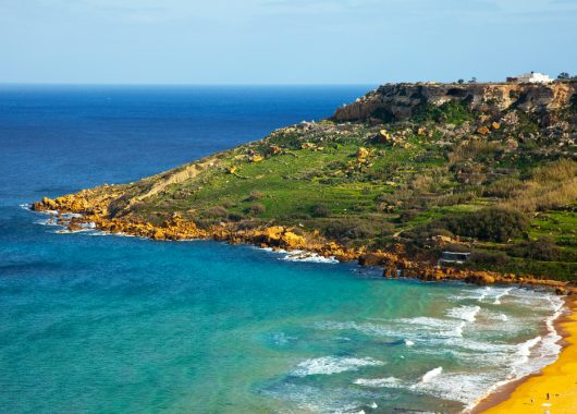 7 Tage Malta im April – 4* Hotel mit Frühstück, Flug, Zug zum Flug und Transfer für 248€
