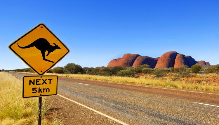 Down Under mit einem Camper entdecken: 18-tägige Australien Rundreise im Hitop-Camper inkl. Flüge für 1499€