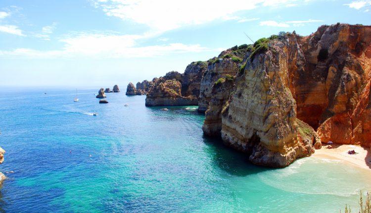 Portugal im April: 1 Woche an der Algarve inkl. Flügen, Transfers und Frühstück ab 213€