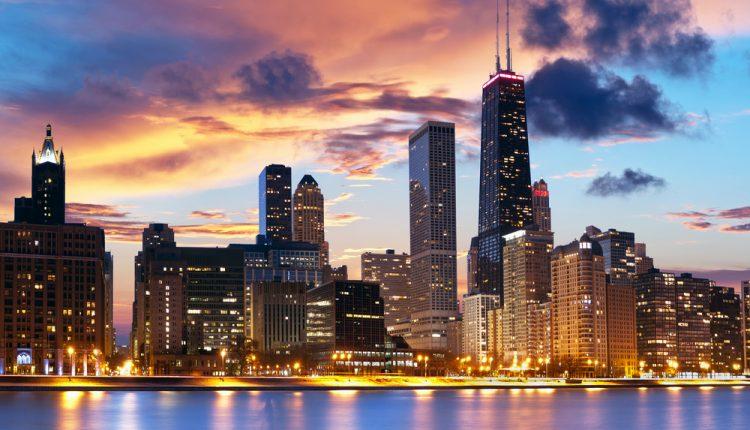 Chicago: 6 Tage im zentralen 4*Hotel inklusive Flug, passend zum NBA Spiel für 615€