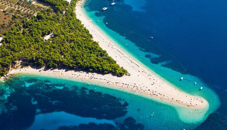 1 Woche Brac/Kroatien im 4* Hotel inkl. Flug, Transfer, Rail&Fly und Frühstück ab 335€