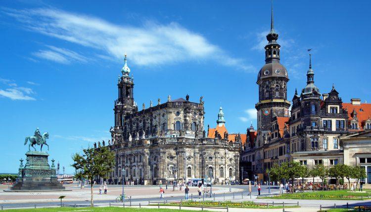 Dresden: 3 Tage im 4-Sterne Hotel inklusive Wellness und Frühstück für 64,50 Euro pro Person