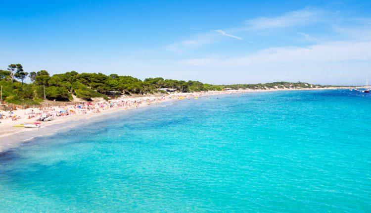 Ibiza: Eine Woche im sehr guten Hotel inkl. Flug und Halbpension ab 366€