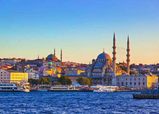 Istanbul: 3 Nächte in einer 45 m² Suite für bis zu 4 Personen für nur 212€