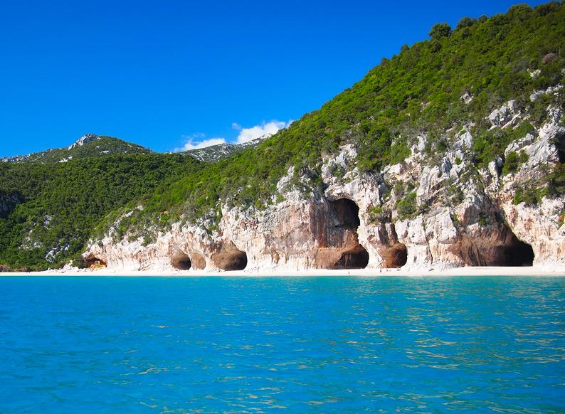Höhlen von Cala Luna Sardinien Italien