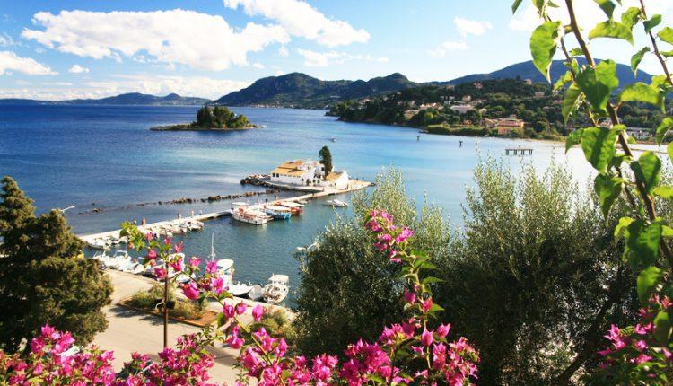 7 Tage Korfu Ende Mai: Top 4* Hotel All Inclusive, Flug, Transfer und Rail&Fly ab 421€