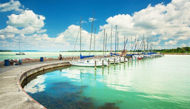 8 Tage Zamárdi, Balaton – 3* Hotel mit Halbpension und Wellness ab 109€