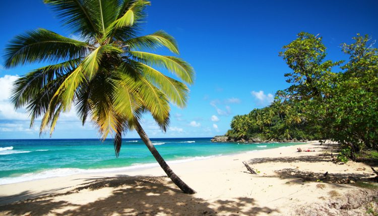 2 Wochen DomRep in einer 5* Junior Suite mit All In, Flug, Rail&Fly u. Transfer ab 926€