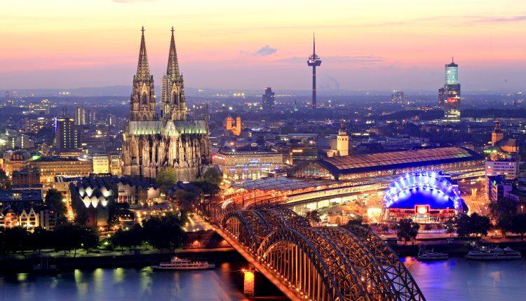 Silvester in Köln: 3 Tage im 3* Hotel ab nur 82 Euro pro Person