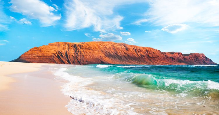 Luxus auf Lanzarote genießen: 6 Tage im 5*Hotel mit Flügen, Transfers und Frühstück für 342€