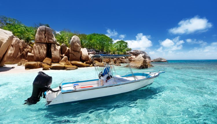 10 Tage Seychellen im 3* Hotel inkl. Frühstück, Flug, Rail&Fly und Transfer ab 1066€