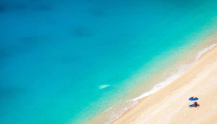 TUI Deal: 1 Woche Rhodos im 4-Sterne Hotel mit direkter Strandlage ALL INCLUSIVE inkl. Transfers und Rail&Fly ab 538€