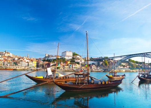 3-tägiger Städtetrip nach Porto mit Flügen, beliebtes 3*Hotel und Frühstück ab 118€