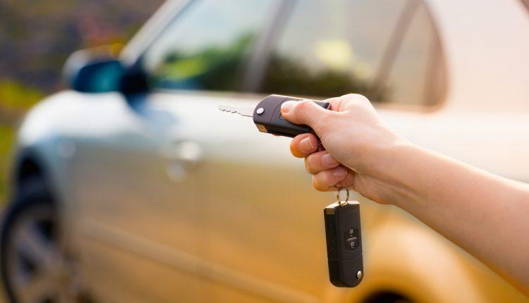 HRS Deals: Bei Buchung gibt es einen 10-Euro-Gutschein für die Autovermietung SIXT gratis dazu