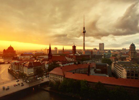 3 Tage Berlin im Winter: Zentrales 3* Hotel inkl. Frühstück und Flug ab 199€