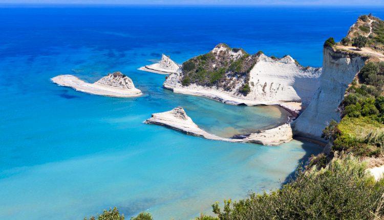 All Inclusive-Urlaub auf Korfu: 1 Woche im guten 4* Hotel inkl. Flügen, Transfers und Rail & Fly ab 333€