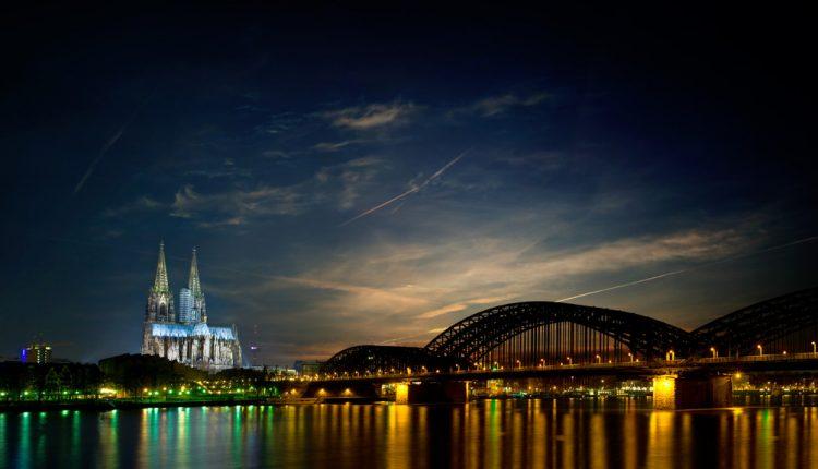 Familien-Urlaub in Köln: 3 Tage zu viert inklusive Frühstück und Wellness für 178€