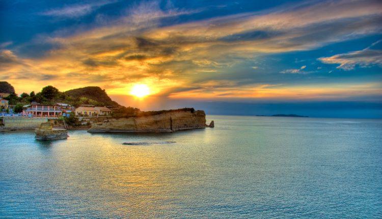 7 Tage Korfu im Oktober inkl. 3,5* Hotel mit Halbpension und Flug ab 298€
