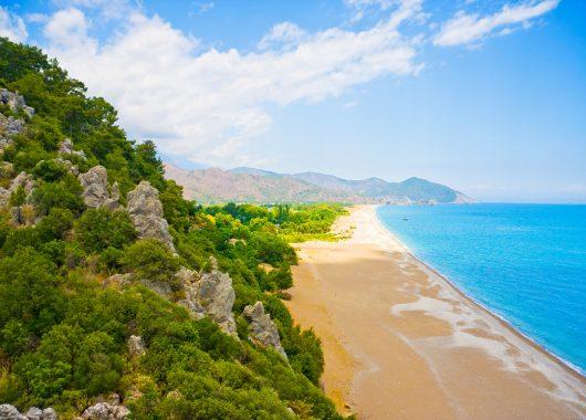 Single-Reise in die Türkei: Eine Woche All Inclusive im 3* Hotel inkl. Flug und Transfers ab 214€