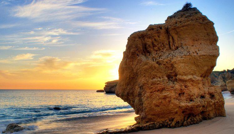 Algarve: 7 Tage im 3* Hotel inkl. Flügen und Transfers ab 188€ pro Person