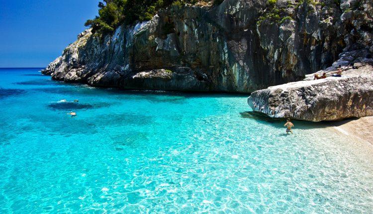 Sardinien: 1 Woche im 2,5-Sterne Hotel inkl. Flügen ab 196 Euro pro Person